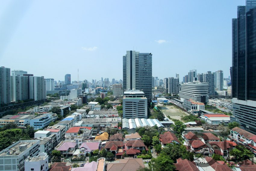 For Rent Belle Rama 9-5
