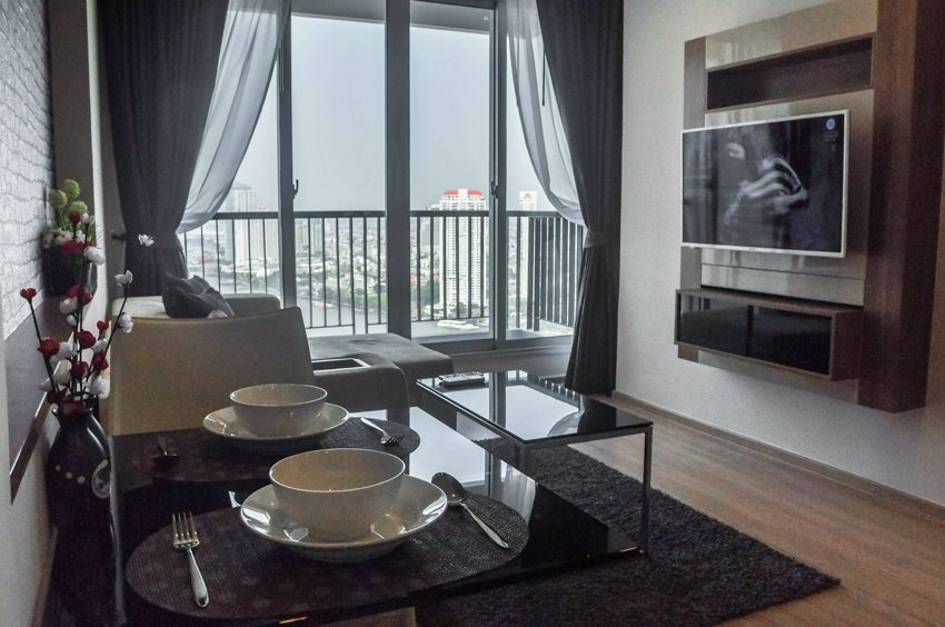 For Rent Rhythm Sathorn Narathiwas-02